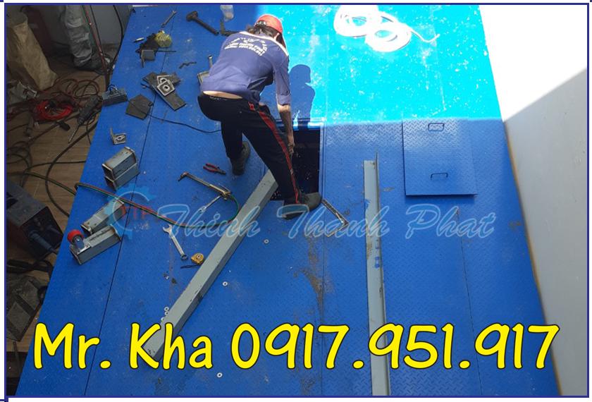 Ban nang oto thuy luc ngam 03