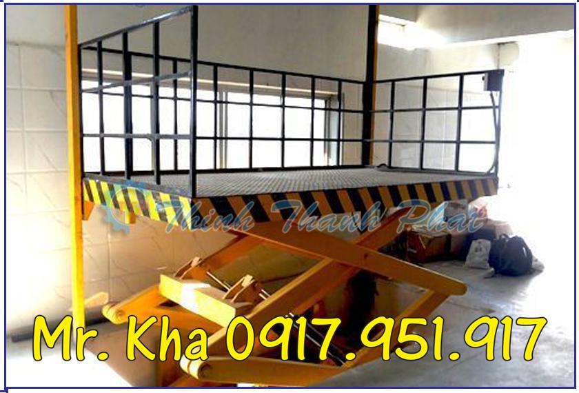 Ban nang thuy luc 550kg 04