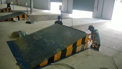 Bàn nâng thủy lực - Hydraulic dock leveler